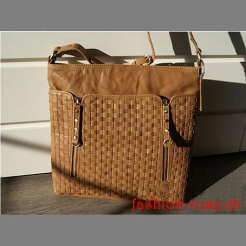 Damenhandtasche in Echtleder ALEXANDRA True Tan